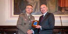 Il Generale di divisione Michele Pellegrino e il professor Massimo Carpinelli